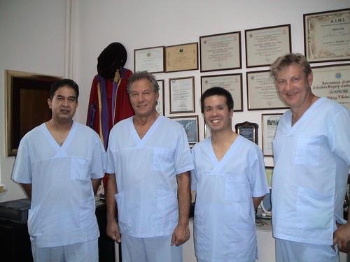 Непрестанен интерес към българските методи на д-р Сердев в естетичната хирургия